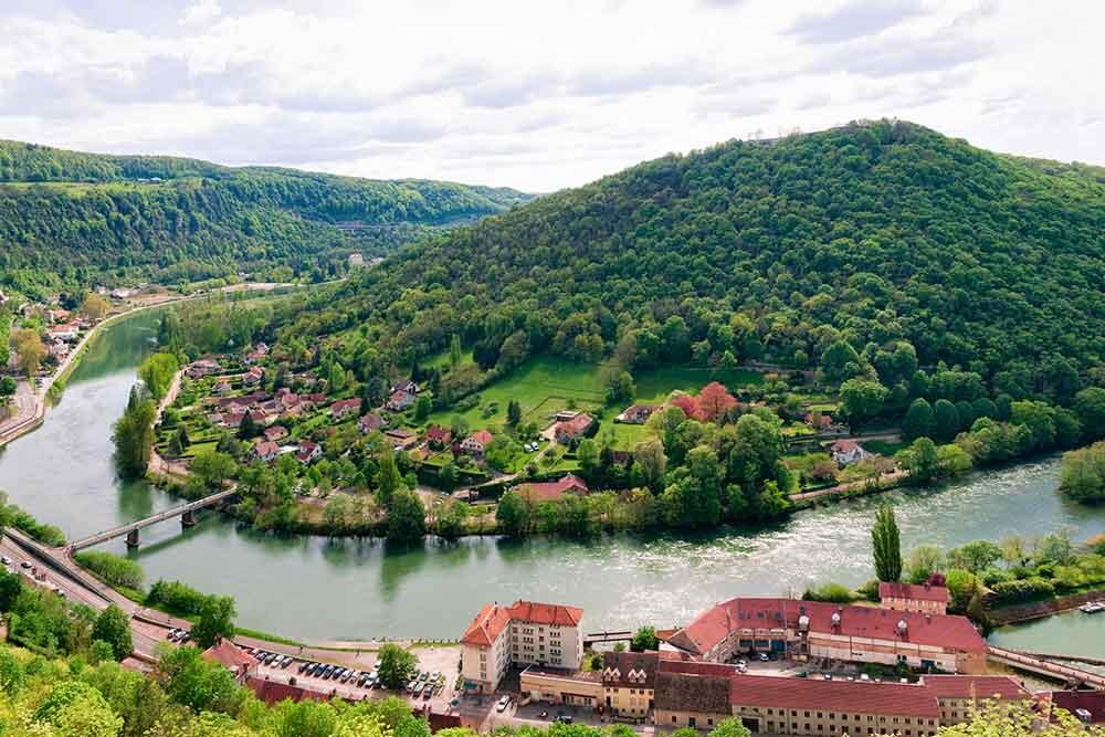 Camping à Besançon dans le Doubs