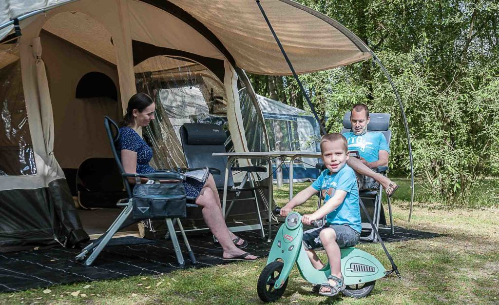 Camping Val de Loire Les Saules à Cheverny