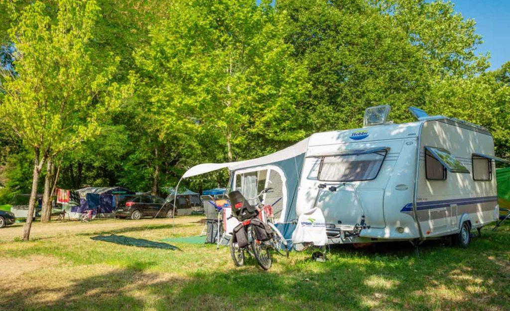 Camping Gard les Plans